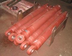 Hydraulic cylinder of a portable support (KAMAZ)
