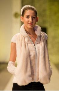 Vest from short-haired and unbarbered mink
