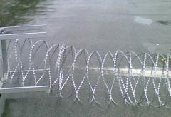 Барьер защитный из ЕГОЗЫ диам. 600мм. Заграждения колюче-проволочные