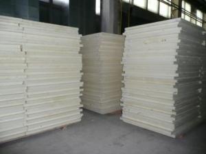 Panel sandwich heat-insulating polyurethane foam