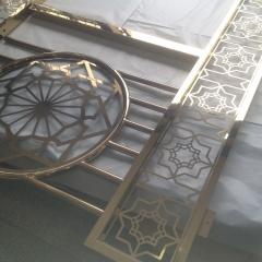"""Покрытия для балконов отделочные из нержавеющей стали с напылением """"под золото"""""""