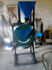 Grinder of spices and food additives