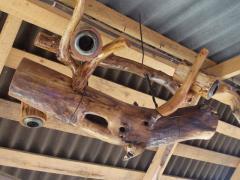 Люстры деревянные