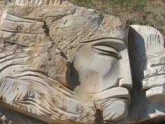 Барельефы и горельефы парковая скульптура