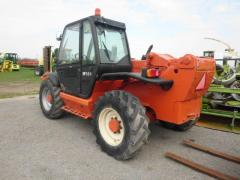 Telescopic loader of manitou 1233 s
