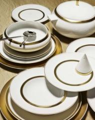 Фарфоровые сервизы с золотым и платиновым деколем