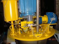Disk, shaft, oil system, the bearing on sprays of