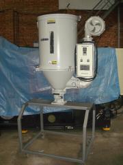 Сушильные бункера  для термопластавтоматов.
