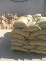 Песок карьерный в мешках по 30л
