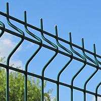 Забор проволочный секционный ТМ Казачка с ребрами жесткости. Размер горячеоцинкованной секции 1,5х2,5 м