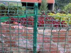 Забор сетчатый для цветников, дач, коттеджей