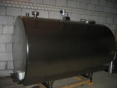 Tanks, tanks, capacities from stainless and