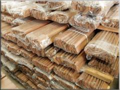 Цельные или сращенные деревянные плинтусы