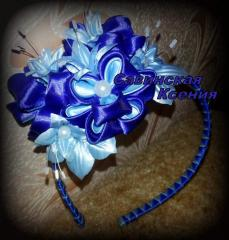 Exclusive hoops, hairpins, brooches in the