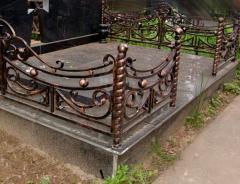 Ограды кованые, оградки на кладбище