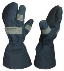 Mitten three-fingered from electricity