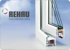 Двухкамерное тройное окно Rehau купить в Киеве