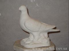 Скульптура голубя. Высота = 22 cm