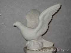 Скульптура голубя. Высота  29 cm, Киев
