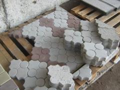 Плитка цветная тротуарная бетонная фигурная
