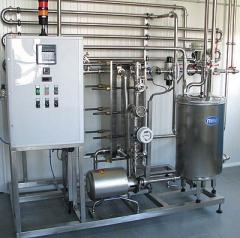 Pasteurization and cooling installation for milk
