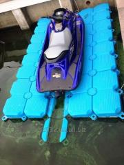 Pontoons, dry docks for small size vessels and