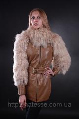 Кожаная утепленная куртка с мехом ламы