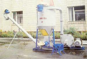 Агрегат комбикормовый малогабаритный АКМ-0,5.
