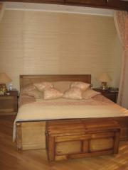 Спальни из массива дерева, элитные спальные