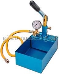 Hand pressure testing pump