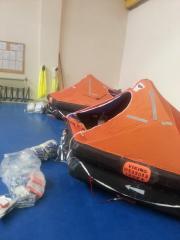 Inflatable Viking liferaf