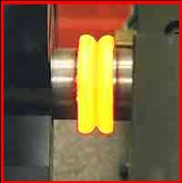 Equipment for welding by friction