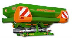 Spreaders of fertilizers, Centrifugal spreader of