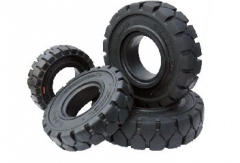Tires for miniloaders