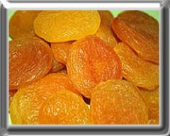 Dried apricots without stones