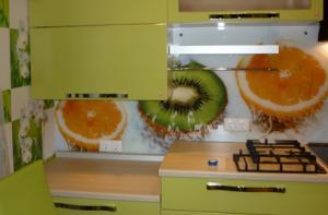 Шкафы, тумбы кухонные, кухни на заказ