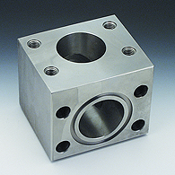 Flanges (SAE block, corner 90 °). For connection
