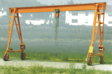 Small gantry cranes