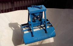 Multimaxillary hydraulic grabs