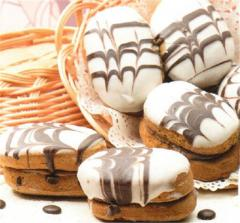 Puff cookies, rolls, cakes, cakes, biscuits, cream