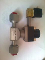 Клапана вакуумні VAT, Leybold, Balzers, Edwards,