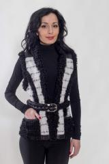 Vest with nat.mekhy astrakhan fur and leather