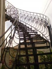 Сходи для будинку металеві