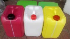 Container plastic for spillof engine