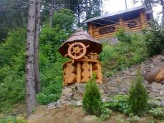 Lodges for wells wooden