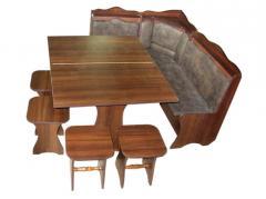 Кухонные уголки из дерева