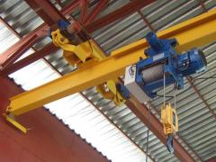 The crane a beam electric suspended and basic by