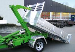 Mobile cranes rotary console
