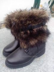 High fur boots are man's, fur, gray, short 2