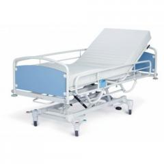 Resuscitation beds with hydraulic adjustment of